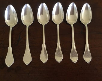 A set of 6 American coin silver teaspoons