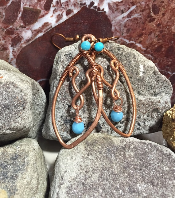 Hammered copper wire wrapped earrings,   Blue swavorski copper wire earrings, handmade copper earrings, copper earrings, copper earrings