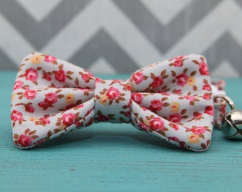 Cat Bow Tie Collar - Dainty Floral - Breakaway w/ Bell