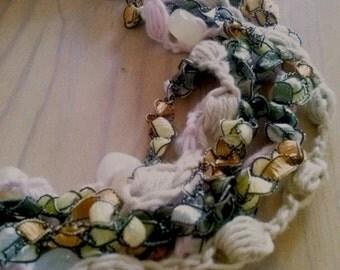 Strands necklace