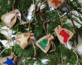 Set of 6 Christmas mini gift bag hessian jute burlap. Tiny gift bag. small santa sack. filler stuffer. Money bag. Jewellery gift