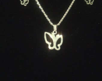 Butterfly pendant necklace w/matching earrings.