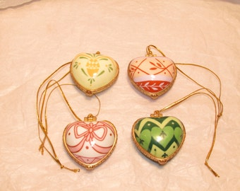 4 Valerie Parr Hill Heartfelt Blessing Ornaments