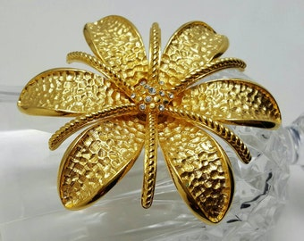 JOAN RIVER'S Flower Pin