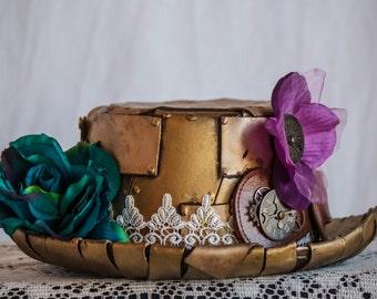 The Golden Flowered Hat