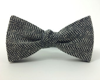 Tweed Freestyle Bow Tie / adjustable 15 - 19 inches