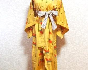 Vintage wool kimono /Japanese dress/robe/vintage/Antique/wool