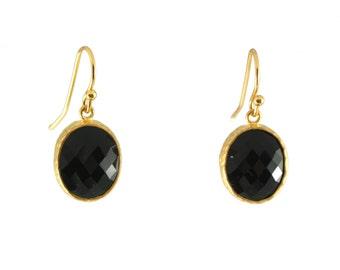 Timeless earring glass stone