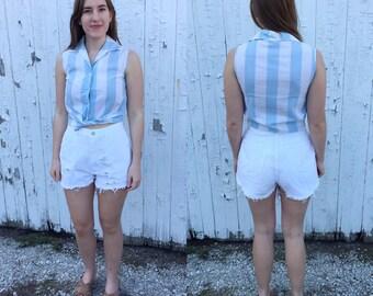 1990s white high waisted cutoff shorts / vintage shorts / vintage white shorts / distressed shorts / high waist shorts / medium