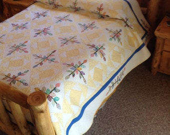 30's Flower Queen size Quilt