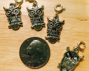 4 pcs ~ Hooty Owls antique silver tone charms ready to hang with spring clasps