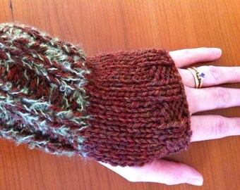 Woodsy Brown & Green Fingerless Gloves