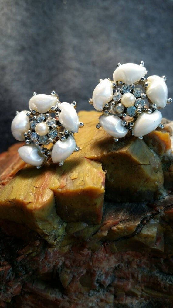 1950's era faux pearl and rhinestone clip on earrings
