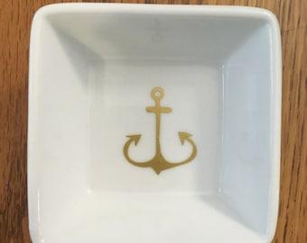 Anchor Wine Dish