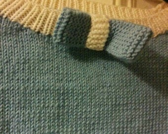 Pale blue and white hand knitted jumper. 1940s/1950s vintage style. Rockabilly. Bow detail.