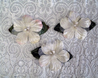 Flower Applique 3 Vintage Pink flowers with olive leaves for Millinery, Brooches, Hair Clips, Scrapbooking