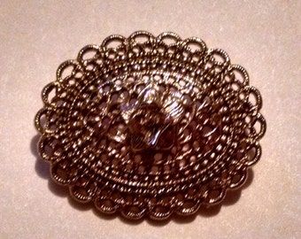 Vintage Gold Scalloped Flower Brooch