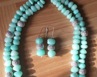Turquoise blue bead necklace with earring