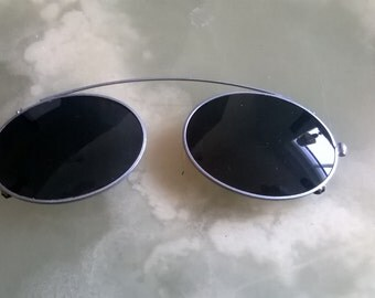 vIntage,1980s Clip On Sunglasses, stretching to fit many glasses
