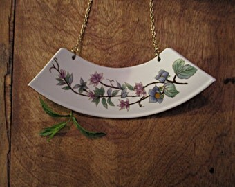 Ceramic floral necklace | Reasons of blue and purple flowers