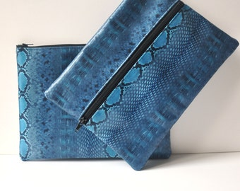 Pouches woman leather blue and black pattern python