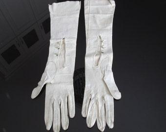 Vintage Opera Length Ivory Kid Leather Gloves