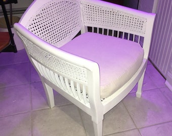 Chic Vintage Wicker Chair