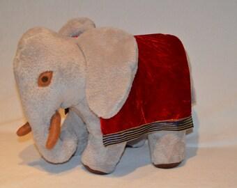 Simba-the Elefant-