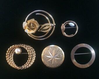 Lot of 5 Mixed Circle Pins