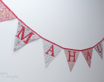 First name - 6 letters - pennants - colors to customize - Garland