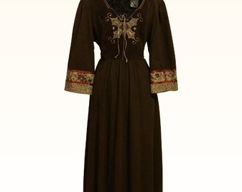 Vintage Joseph Ribkoff 1960s Dress with Gorgeous Embroidered Detail Size 11