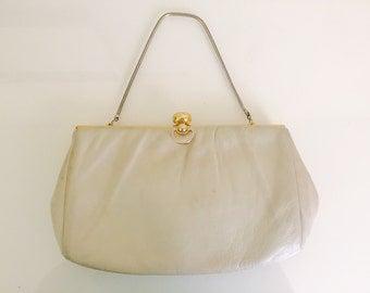 Vintage Cream handbag/ Vintage cream clutch/ Vintage purse/ Vintage Wristlet
