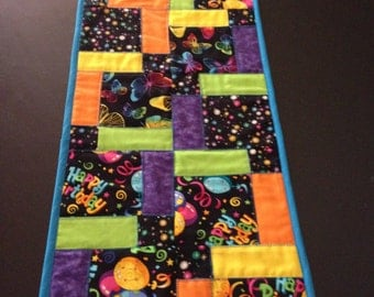 Quilted NineSquare Birthday Tablerunner