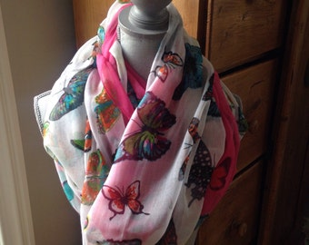 Infinity scarf with butterflies