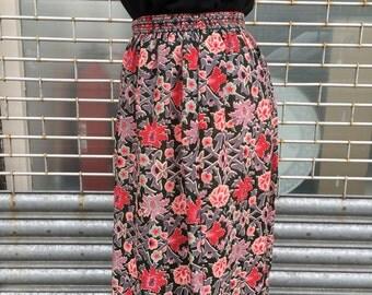 liberty of london print skirt fine wool skirt | size small medium