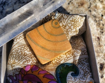 Sound waves wooden pendant