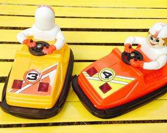 Vintage 1982 Vigue Star Ind. 5 inches by 3 1/2 tem No. 3800 battery operated Bumper Cars # 3 & #4