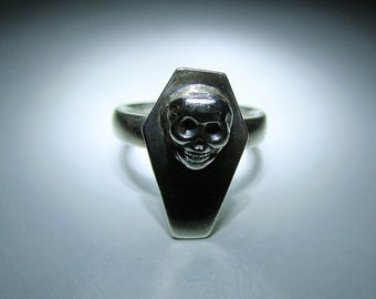 Sterling Silver Coffin & Skull Ring