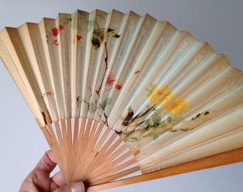 Vintage Chinese Paper Folding Fan 1940-50