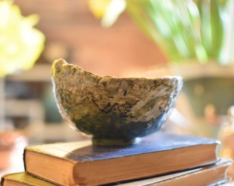"Scenic bowl - ceramic rustic glazed bowl with a ""Lake District"" theme."