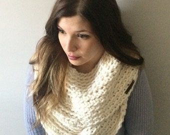 THE Circle Infinity Scarf