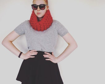 MeganRoseFashion Handmade Chunky Knit Superfine Merino Wool Scarf Dark Red