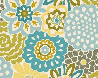 SALE Fabric - Quilting Treasures - So Chic - Button Blooms - Aqua - Cotton fabric by the yard