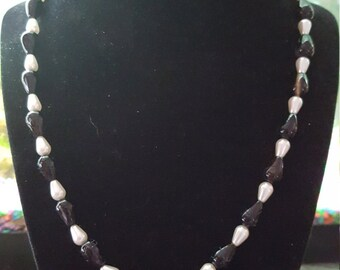 Agate & Tear drop pearls