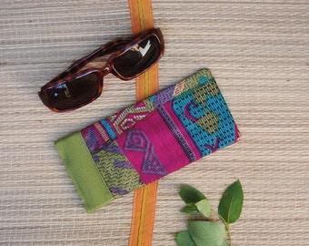 Snap Shut Eye Glass Case, Snap Sunglass Case, Pink Aqua Eye Glass Case, Upcycled Vintage Sari, Squeeze top eyeglass case