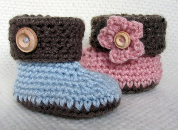 Crochet Cuffed Baby Booties baby booties baby shoes baby