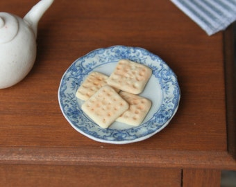 dollhouse miniatures sao biscuits (crackers), 1:12 scale
