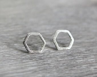 Geometric hex studs silver