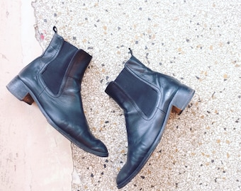 Vintage leather chelsea boots size 39