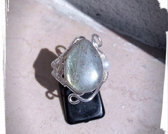 Silver plated ring with labradorite and Freshwater Pearl